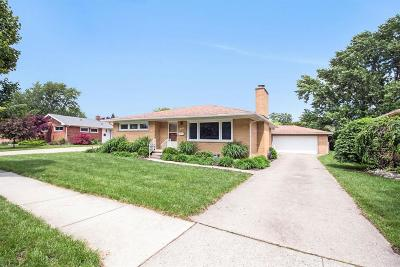 Ann Arbor Single Family Home For Sale: 1559 Glastonbury Rd