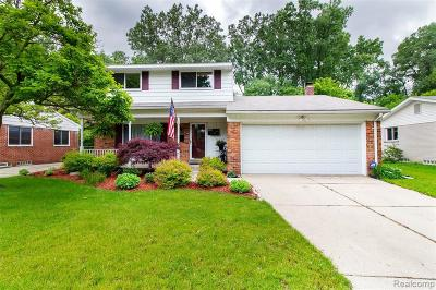 Plymouth Single Family Home Contingent - Financing: 9157 Hackberry