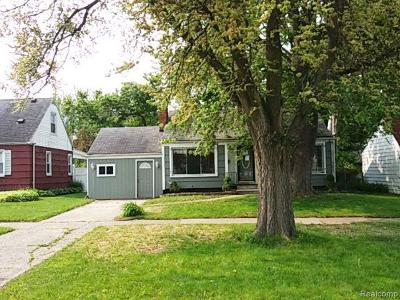 Single Family Home For Sale: 1817 W McClellan St
