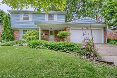 Plymouth Single Family Home For Sale: 1281 Palmer St