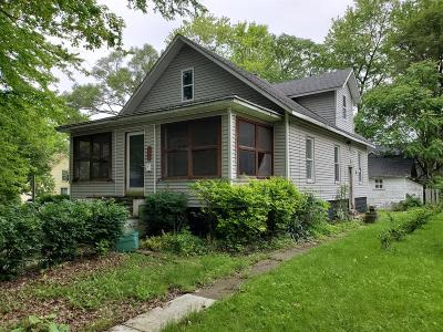 Chelsea Single Family Home For Sale: 118 Pierce St