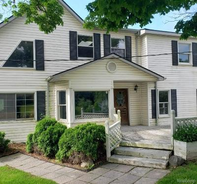 Northville Single Family Home For Sale: 9820 5 Mile Rd