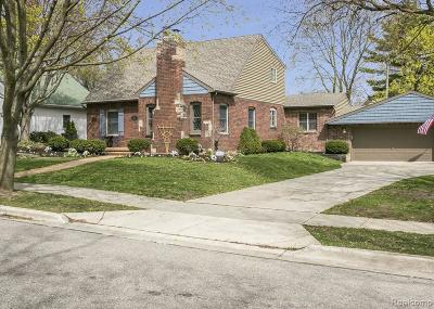Plymouth Single Family Home For Sale: 324 Auburn St