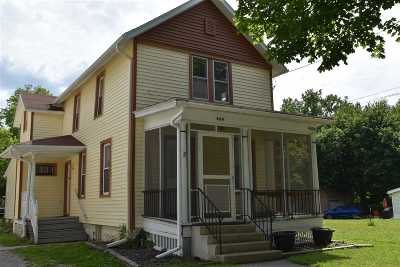 Lenawee County Single Family Home For Sale: 409 Merrick St