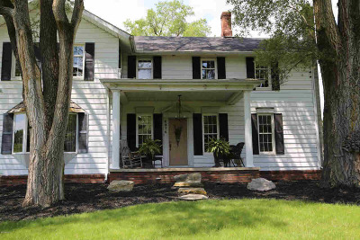 Pittsford MI Single Family Home For Sale: $280,000