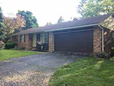 Lenawee County Single Family Home For Sale: 3784 Treat Hwy