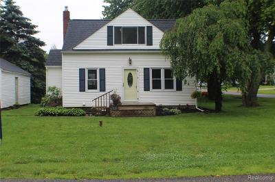 Lenawee County Single Family Home For Sale: 2045 Adams St
