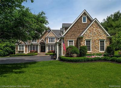 Northville Single Family Home For Sale: 19404 Autumn Ridge Dr