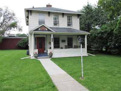 Lenawee County Single Family Home For Sale: 205 N Ottawa St.