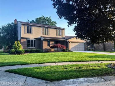 Livonia Single Family Home For Sale: 38679 Meeting House Ln