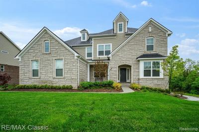 South Lyon Single Family Home For Sale: 51553 Bloom Crt