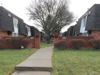 Oak Park Condo/Townhouse For Sale: 13341 W 9 Mile Rd