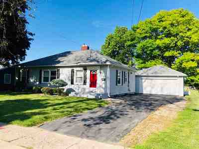 Lenawee County Single Family Home For Sale: 694 Budlong St