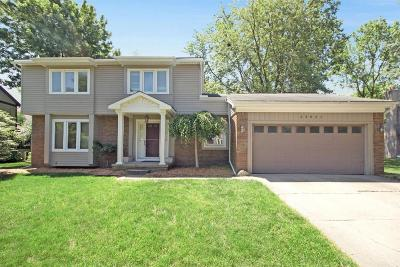Novi Single Family Home For Sale: 25051 Sullivan Ln