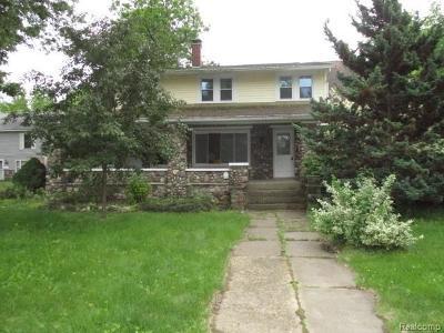 Single Family Home For Sale: 408 E Maple St