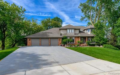 Single Family Home For Sale: 1218 Lake Valley Crt