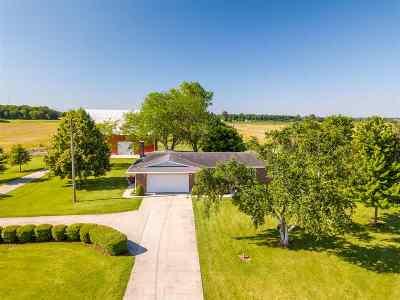 Morenci MI Single Family Home For Sale: $299,900