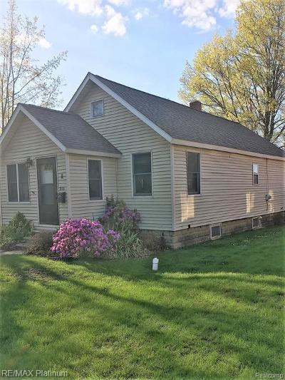 Milford Single Family Home For Sale: 212 W Huron St
