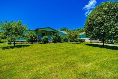 Jackson County Farm For Sale: 6694 Benton Rd