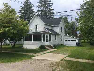 Onsted Single Family Home For Sale: 232 Maple