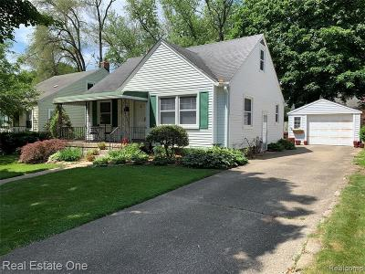 Plymouth Single Family Home For Sale: 751 Arthur St