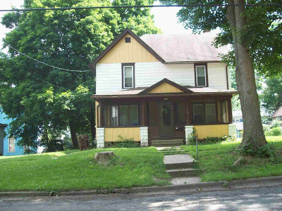 Albion Single Family Home For Sale: 114 E Pine St