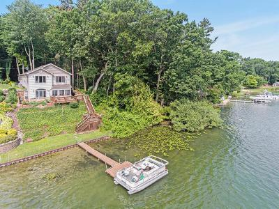 Grass Lake Single Family Home For Sale: 2760 Cozy Cove