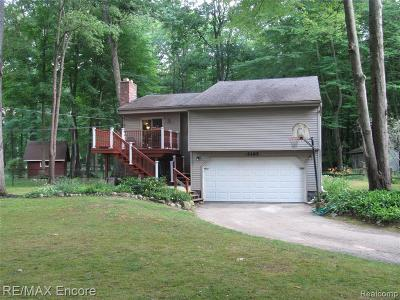 Single Family Home For Sale: 5185 Woodlane Rd