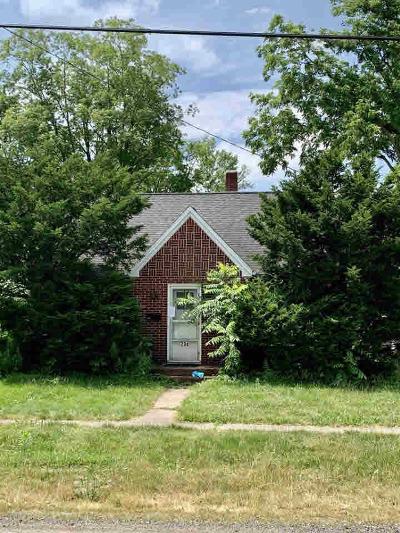 Jonesville Single Family Home Contingent - Financing: 204 West St