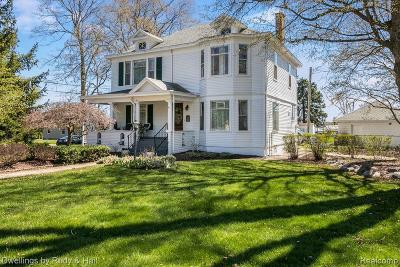 Plymouth Multi Family Home For Sale: 184 Caster