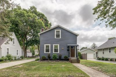 Plymouth Single Family Home For Sale: 628 Adams St