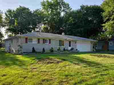 Novi Single Family Home For Sale: 24380 Glenda St