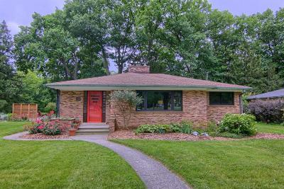 Ann Arbor Single Family Home For Sale: 1655 Stadium Ct