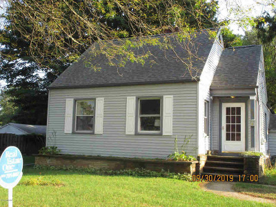 Albion Single Family Home For Sale: 608 E North St