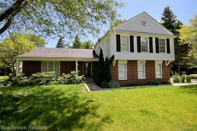 West Bloomfield Single Family Home For Sale: 4109 Shore Crest Dr