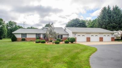 Ann Arbor Single Family Home For Sale: 2211 Centennial Ln