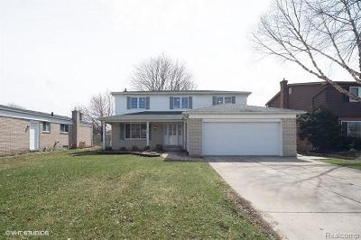 Canton Single Family Home For Sale: 43159 Lombardy Dr