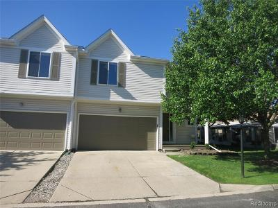 Wixom Condo/Townhouse For Sale: 299 River Dr
