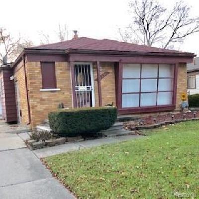 Oak Park Single Family Home For Sale: 21391 Kipling St