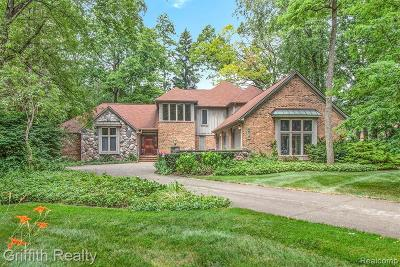 Single Family Home For Sale: 4615 Oak Tree Crt