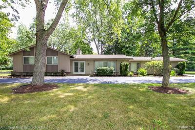 Southfield Single Family Home For Sale: 29606 Briarbank Crt