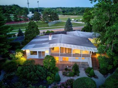 Ann Arbor Single Family Home Contingent - Financing: 2900 Fuller