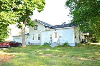 Addison Single Family Home For Sale: 216 Walnut Street