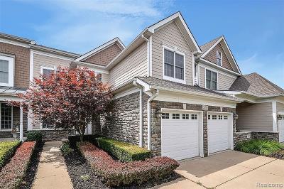 Novi Condo/Townhouse For Sale: 24775 Reeds Pointe Dr E