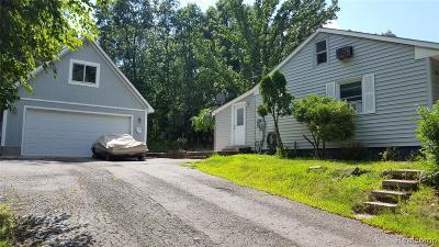 Single Family Home For Sale: 90 Leota Blvd