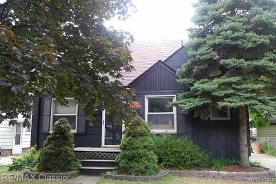 Oak Park Single Family Home For Sale: 14010 Kingston St