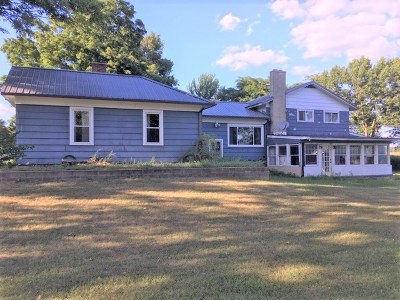 Single Family Home For Sale: 9251 N Somerset Rd