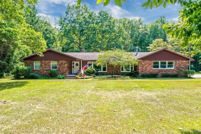 Belleville Single Family Home For Sale: 40825 Harris Rd