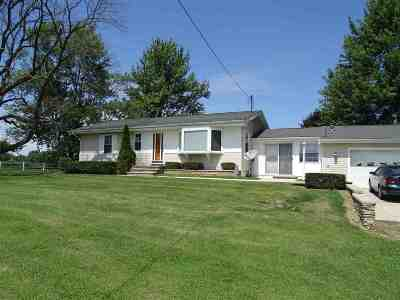 Adrian MI Single Family Home For Sale: $224,900
