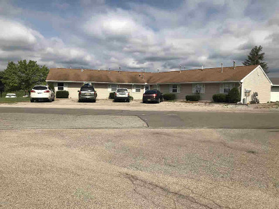 Hillsdale Multi Family Home For Sale: 2540 Oakwood Dr